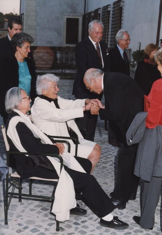 Suso Cecchi D'Amico e Pasquale Squitieri, Inaugurazione mostra Gattopardo, 12.10.2001