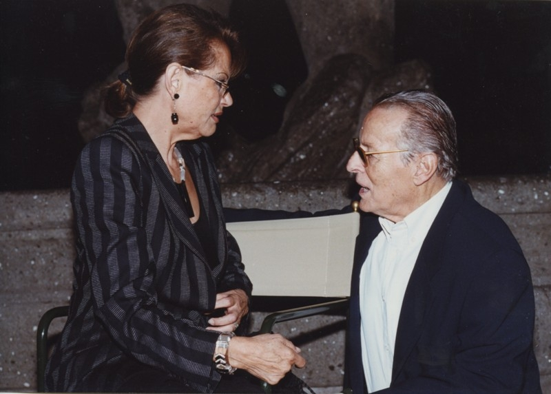 Claudia Cardinale e Piero Tosi, Inaugurazione mostra Gattopardo, 12.10.2001